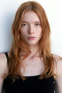 10 Redhead Runway Models You Should Know About Beautiful Red Hair, Gorgeous Redhead, Pretty Hair, Beautiful Models, Redhead Models, Redhead Girl, Red Hair Model, Hair Models, Ginger Models