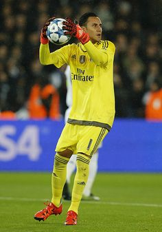 Keylor Navas of Real Madrid in action during the UEFA Champions League Group A match between Paris SaintGermain and Real Madrid at Parc des Princes...
