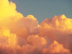 Image about beautiful in clouds and sun by -moon-dust- Yellow Aesthetic Pastel, Orange Aesthetic, Aesthetic Colors, Sky Aesthetic, Aesthetic Images, Aesthetic Wallpapers, Aesthetic Vintage, Belle Aesthetic, Aesthetic Grunge