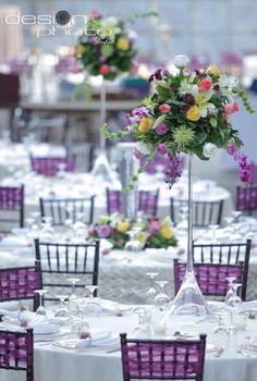 Detalles morados, copa Martini para flores , mobiliario Bsquare, flores Miguel Valencia para CASALEBLON