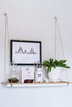 Diy Hanging Shelves For Simple Storage And Beautiful Decor Ideas Easy Shelves, Diy Hanging Shelves, Diy Wall Shelves, Floating Shelves Diy, Diy Shelving, Hanging Storage, White Wood Shelves, Wood Shelf, Home Decoracion