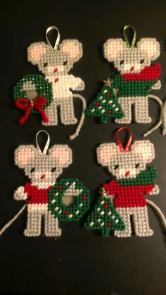 Plastic canvas christmas mice ornaments 1 by sanzosgal Más Plastic Canvas Ornaments, Plastic Canvas Crafts, Xmas Ornaments, Plastic Canvas Patterns, Holiday Canvas, Plastic Canvas Christmas, Handmade Christmas Decorations, Holiday Crafts, Xmas Cross Stitch