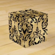 #affiliatelink #promo Gold and Black Halloween Damask Favor Box #vintage #party #halloween #black #fall #FavorBox #halloweenfavors #halloweenparty #halloween #halloweenentertaining #zazzle Halloween Party Favors, Halloween Crafts, Halloween Entertaining, Vintage Party, Favor Boxes, Damask, Party Time, Holiday Cards, Party Supplies