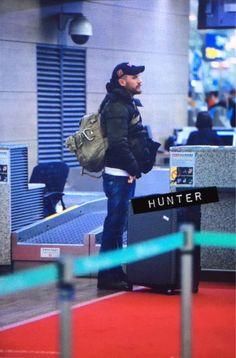 Tom Hardy leaving Seoul - December 2015