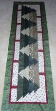 Free Christmas Table Runner Patterns | ... THE FOREST FOR THE TREES TABLE RUNNER QUILT PATTERN~CHRISTMAS~YEAR 2