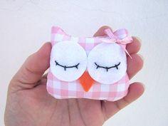 Owl Plush  Fabric plush Owl Mini Owl Plush Pink by ViajeraFelt, €4.75