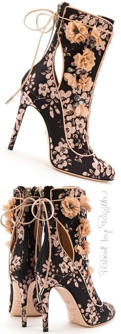 I don't typically like floral anything. But I love these shoes