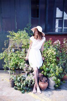 Christina Sfez - Robes de mariée | Modèle: Dorothee | Crédits: Lucie Cipolla | Blog mariage