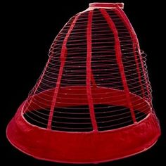 Red Crinoline cage, about Museum no. (Corsets & Crinolines in Victorian Fashion - Victoria and Albert Museum) 1800s Fashion, 19th Century Fashion, Victorian Fashion, Vintage Fashion, French Fashion, Historical Costume, Historical Clothing, Bustiers, Belle Epoque