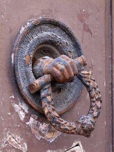 Front door handle, via Ricasoli, Livorno