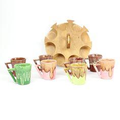 pretty:  Winart Coffee Cup Pottery Set