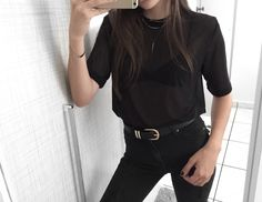 All black!  | instagram: @alinezotti_