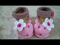 Hand Knitted Baby Booties/Shoes For Newb - Qoster Booties Crochet, Crochet Baby Shoes, Crochet Baby Booties, Knitted Baby, Knitting For Kids, Baby Knitting Patterns, Baby Patterns, Crochet Patterns, Crochet Bebe