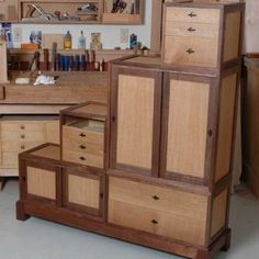 Woodworking Techniques Power Tools - Woodworking Furniture The Family Handyman - Windmill Woodworking Plans - Woodworking Square, Japanese Woodworking, Popular Woodworking, Woodworking Projects, Woodworking Classes, Woodworking Techniques, Furniture Projects, Furniture Plans, Furniture Decor