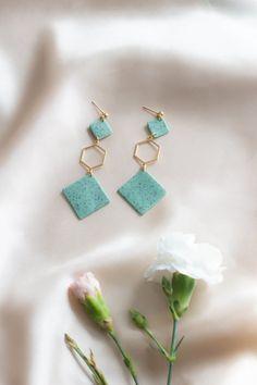 Long gold hexagon geometric earrings Mint granite natural | Etsy Pink Earrings, Statement Earrings, Dangle Earrings, Diy Crafts Jewelry, Travel Jewelry, Minimalist Earrings, Beautiful Gift Boxes, Polymer Clay Earrings, Modern Jewelry