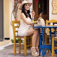 Οι 8 καλύτερες εικόνες του πίνακα greek celebs  072c333ce31