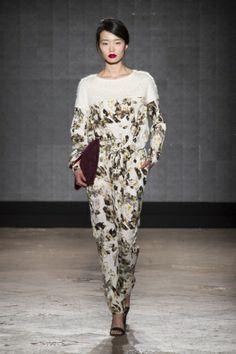 Sfilata Mauro Gasperi Milano - Collezioni Autunno Inverno 2014-15 - Vogue