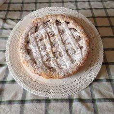 #healthyfood #goveg #vegetarian #pois #veggie #diet #stripes #culone #minestrone #lowcarb #dieta #lightdinner #shadow #torte #brutte #gnam #quellochecontaélasostanza #buone #tortedifrutta #dolci #compleanni #ideeventi #wedding #shooting #reggionozze #butter #martaskitchen #lemon #yum #glaze by antony.4778
