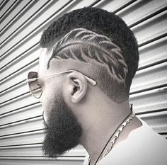 Feather cut by @marcusph333. I'd never do this but that's just amazing ~ manly