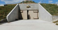 Survival Units, luxury condos for surviving the apocalypse The units in Kansas can withstand a direct nuclear hit – and sustain their occupants for five years underground Kansas, Luxury Bunkers, Donald Trump, Doomsday Bunker, Bomb Shelter, Underground Bunker, Luxury Condo, Luxury Apartments, Architecture