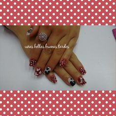 Nails Mickey Mouse