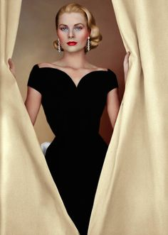 Grace Kelly by AlixofHesse on DeviantArt Old Hollywood Actresses, Hollywood Glamour, Classic Hollywood, Princesa Grace Kelly, Grace Kelly Style, Patricia Kelly, Estilo Real, Vintage Glamour, Classic Beauty