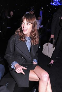 Alexa Chung Front Row at Mulberry [Photo by Nazarin Montag]