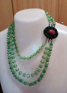 Colar de cristal verde