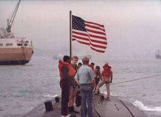 USS TAUTOG SSN-639 coming into Hong Kong, March 1975 197865495_10152939987035579_6818429176822194573_n.jpg (JPEG Image, 849×622 pixels)