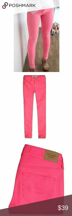 New! Abercrombie & fitch Pink jeggings Brand New - Never worn  These jeggings are super comfortable and have a jean texture with a jegging feel. They're stretchy and are a beautiful bright pink.  Size 4/27 Regular Length -29  Materials - 98% Cotton 2% elastane Abercrombie & Fitch Jeans Skinny