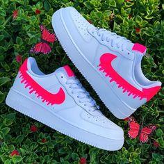 Cute Nike Shoes, Cute Sneakers, Nike Air Shoes, Shoes Sneakers, Nike Custom Shoes, Adidas Shoes, Adidas Men, Sneakers Women, Yeezy Shoes