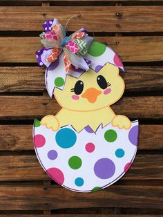 Chick Door Hanger, Easter Door Hanger, Door Hanger, Egg Door Hanger - Please attach a note to the seller with the initial, if you do not wish to have any customization o - Easter Projects, Easter Crafts For Kids, Diy Easter Cards, Wood Crafts, Diy And Crafts, Paper Crafts, Spring Crafts, Holiday Crafts, Halloween Crafts