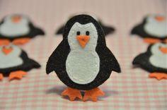Set of 6pcs handmade felt penguin--black (FT805). $5.39, via Etsy.