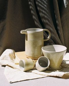 Ceramic Pitcher, Bowl Set, Tableware, Instagram, Dinnerware, Tablewares, Dishes, Place Settings