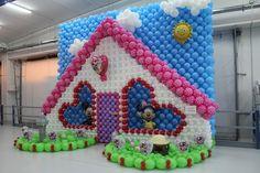 Unique balloon decoration