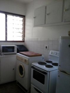 6 Properties and Homes For Sale in Lynnwood, Pretoria, Gauteng Stacked Washer Dryer, Washer And Dryer, Pretoria, Apartments For Sale, Harvest, Home Appliances, House Appliances, Washing And Drying Machine, Appliances