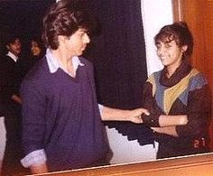 when he first had his eyes on gauri, shahrukh khan  was 19 and she was just 14