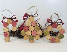 Ornamentos de Navidad hechos con corchos de botellas de vino