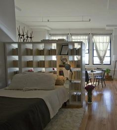5 Healthy Clever Tips: Room Divider White Shabby Chic living room divider awesome.Kallax Room Divider Home. Studio Apartment Layout, Studio Layout, Apartment Design, Apartment Living, Apartment Makeover, New York Studio Apartment, Brooklyn Apartment, Apartment Interior, Fabric Room Dividers