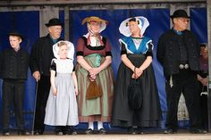 Terneuzen 09052009 DSC_0247 by jo_koneko_san, via Flickr #Zeeland #ZuidBeveland #protestant Traditional Dresses, Dutch, Ethnic, Costumes, Gallery, Clothing, Fashion, Outfits, Moda