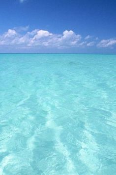 Its my dream to swim in water like this before I die.  Bucket list numero 1.