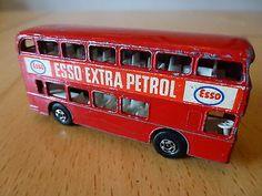 Matchbox Lesney Superfast No 74 Red Daimler Bus ESSO  - http://www.matchbox-lesney.com/52923
