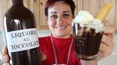 LIQUORE AL CIOCCOLATO FATTO IN CASA DA BENEDETTA Cocktails, Cocktail Drinks, Alcoholic Drinks, Beverages, Chocolate Liqueur, Homemade Wine, Limoncello, Milkshake, So Little Time