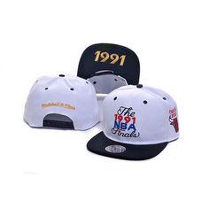 Chicago Bulls 1991 NBA Finals Commemorative Snapback Hat - White/Black
