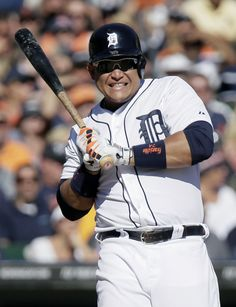Cabby watches a inside pitch as the tigers win 6-1