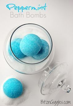 Homemade Peppermint Bath Bombs.