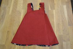 other side of 12-18 month christmas pinafore :)