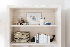 Bookshelves with Neu