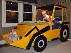 Toddler construction truck bed