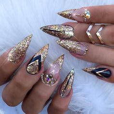The Most Fashionable and Stylish Glitter Nail Art Ideas: the Best Glitter Nail Designs Nail Swag, Fabulous Nails, Gorgeous Nails, Pretty Nails, Perfect Nails, Acrylic Nail Designs, Nail Art Designs, Nails Design, Design Art